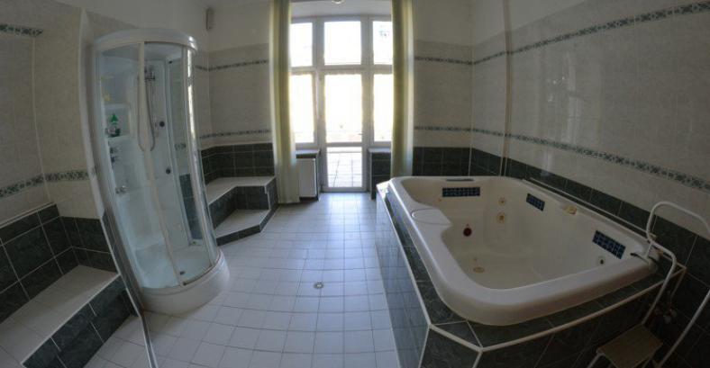 ELISKA HOTEL