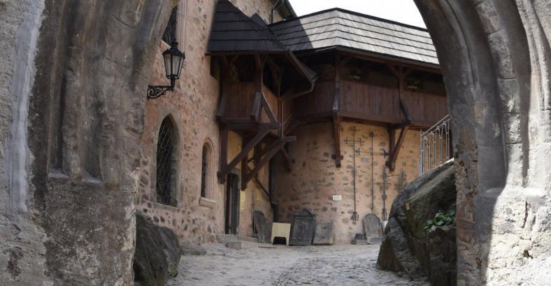 Замок Локет + старочешский ужин в пивном ресторане