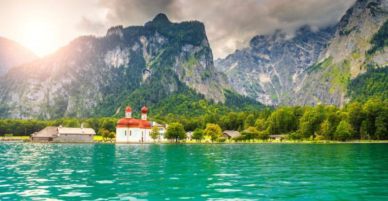 Зальцбург+ озёро в Альпах 2 дня